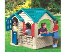 Photo of children's playhouse