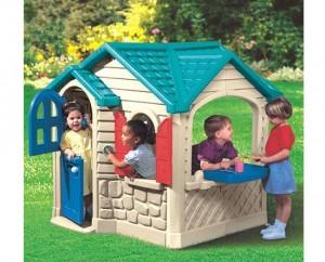 Photo of children's playhouse