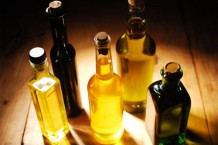 Photo of bottles of cooking oils