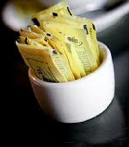 Photo of packets of artificial sweetener