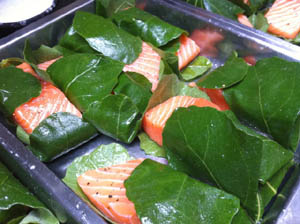 Photo of salmon baked in fig leaves