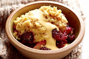 Photo of a blackberry and elderberry crumble