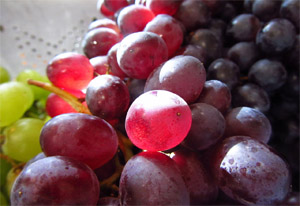 Photo of red and green grapes